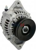 Lichtmaschine Hyster Iseki Kubota Motor V1702 V2203 F2503 F2803 Libra Thomas Equipment Yale Yanmar Denso 100211-4390 100211-6800 100211-6801 101211-2490 101211-2841 101211-3640 14 Volt 45 Ampere Original Denso